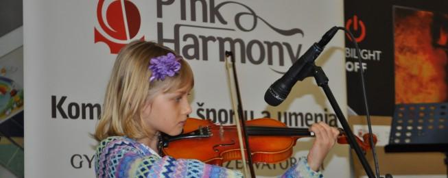Prezentácia Komplexu škôl športu a umenia PinkHarmony v Európa OC, Zvolen