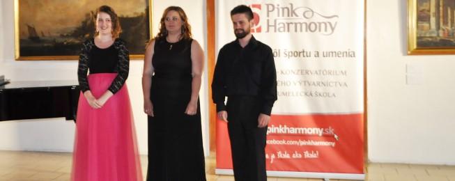Absolventský koncert P. Debnárovej, M. Kurekovej a M. Jánošíka